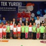 """Erdemli'de """"İlkokullar Fiziksel Etkinlikler Oyunlar Şenliği"""" düzenlendi"""