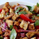 İtalyan Panzanella-Köy Usulü Ekmek Salatası Tarifi