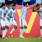 Arjantin 4 golle yarı finale uçtu!