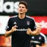 Mario Gomez için İtalya çıkarması