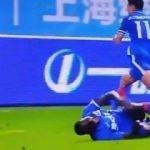 Demba Ba'nın ayağı kırıldı: Sahada korkunç anlar!