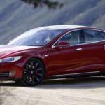 Tesla, Ferrari ve Porsche'yi gözüne kestirdi