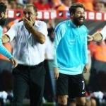 Maç sırasında Terim ve Olcay kahkahalara boğuldu