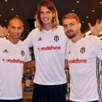 Beşiktaş'ta yeni transferler formayı giydi!