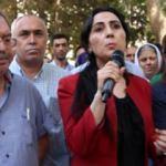 Figen Yüksekdağ Türk Bayrağından rahatsız oldu