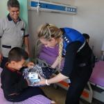 Siirt'te polisler hastaları ziyaret etti
