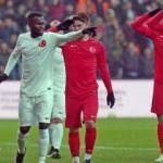 Yıldızlar oynadı, Türkiye kazandı!