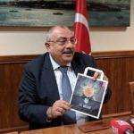 CHP'nin kampanyasının orijinalini gösterdi