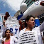 Arjantin'de sendikalar hükümeti protesto etti