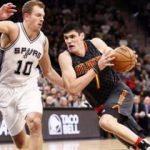 San Antonio Spurs, Warriors'ı yakaladı