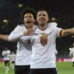 Podolski, milli takıma golle veda etti!