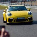 Yeni 911 GT3 Nurburing'de kendi rekorunu kırdı!