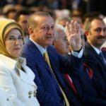 İşte Erdoğan'ın okuduğu şiir!