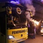 Şampiyon Fenerbahçe taraftarlarıyla buluştu