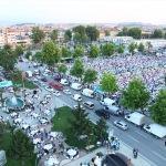Demokrasi Meydanı bu kez iftar için doldu