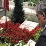 Abdullah Gül şehit Erol Olçok'un kabrinde dua etti