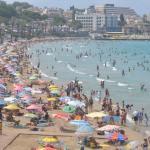 """Ege sahillerindeki yabancı turistlerden """"Türkiye'ye gelin"""" çağrısı"""