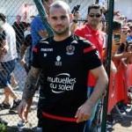 Sneijder imzayı attı ilk kez konuştu! 'G.Saray...'