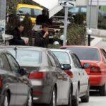Aracını çeken çekiciyi trafikten men ettirdi!