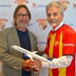 Onur Air, Göztepe'ye sponsoru oldu