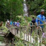 Rize'de şelalelere turist akını