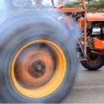 Traktöre araba motoru takılırsa