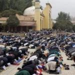 Uygur Türklerine Kur'an ve seccade yasağı!