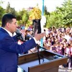 Kepez'de öğrencilere forma dağıtıldı
