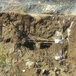 Demre'de 2 bin 400 yıllık kaya mezarı bulundu