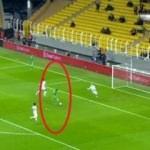 Öyle bir gol kaçırdı ki! Kendisi bile inanamadı