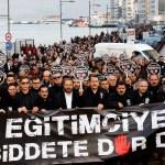 """İzmir'de """"Siyah Yürüyüş"""""""