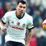 Beşiktaş'ta Tosic'in alternatifi Medel