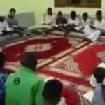 Sudanlı gençlerlerden kahraman askerlerimize dua!