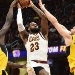 LeBron triple-double yaptı, Cleveland kazandı