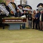 GÜNCELLEME - İzmir'de fenalaşan 22 yaşındaki kişi öldü