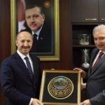 Başkan Uysal'dan 3 ilçe belediyesine ziyaret
