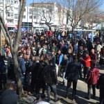 """""""Uyuşturucudan ölüm"""" sonrası vatandaştan eylem"""