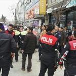 Polise mukavemet gösteren motosikletli gözaltına alındı