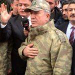 Genelkurmay Başkanı Akar, Suriye sınırında!
