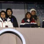 Kim'in kardeşi ile ABD Başkan Yardımcısı yan yana