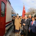 """""""Doğu Ekspresi"""" yolcularına """"Dadaşlar""""dan coşkulu karşılama"""