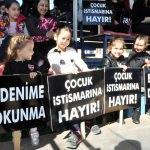 Antalya'da çocuk istismarı protesto edildi
