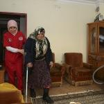 Asırlık Zeynep nine dualarıyla Mehmetçik'in yanında