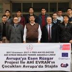 Liseli öğrenciler Avrupa'da bilimsel çalışmalara katılacak