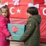 Minik kalplerden Mehmetçik'e moral mektubu
