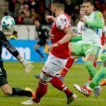 Wolfsburg deplasmandan tek puanla döndü!