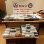 İpsala'da bir tırda kaçak bin 30 cep telefonu ele geçirildi