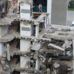 Bina yıkımında iş güvenliği açığı