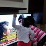 Özel harekatçı babasını gören çocuk TV'yi öptü
