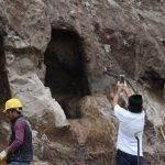 Muğla'da inşaat kazısında kaya mezarları bulundu